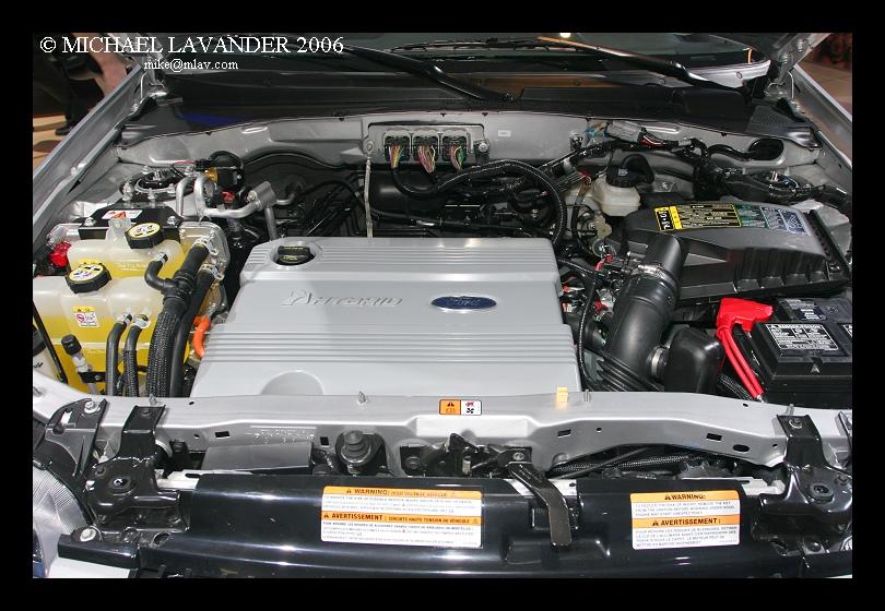 Ford Escape Hybrid c.jpg